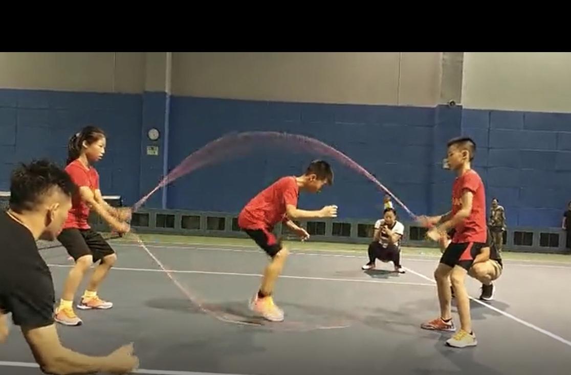 Jump rope athletes dazzle netizens