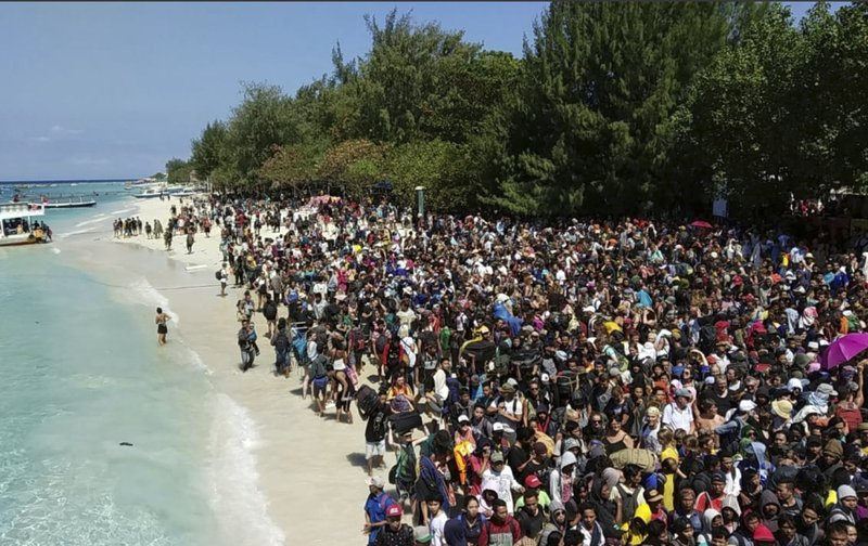 Indo quake: Gili Island rescue efforts save thousands