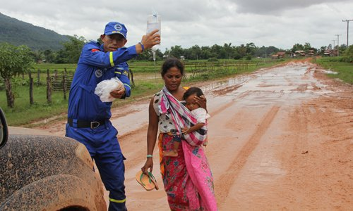 Chinese PLA soldiers, volunteers and corporations rush to Laos to assist after deadly flood