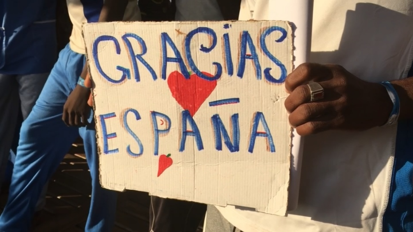 Spain takes more African migrants despite signs of tension