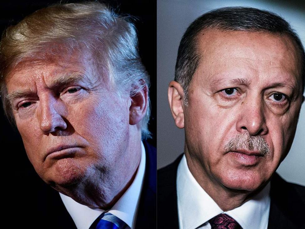 Turkey's lira falls further after US steps up tariffs