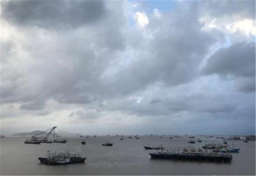 China renews blue alert for heavy rain