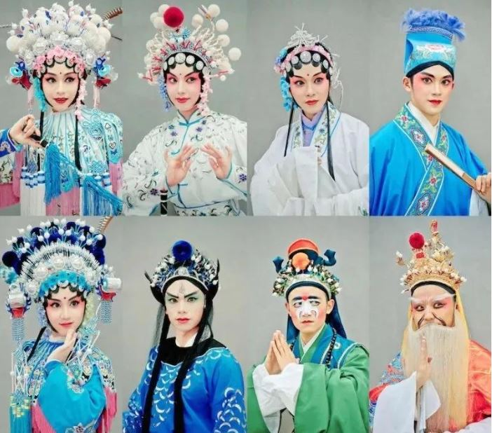 Chuan Opera style broadens minds of male students