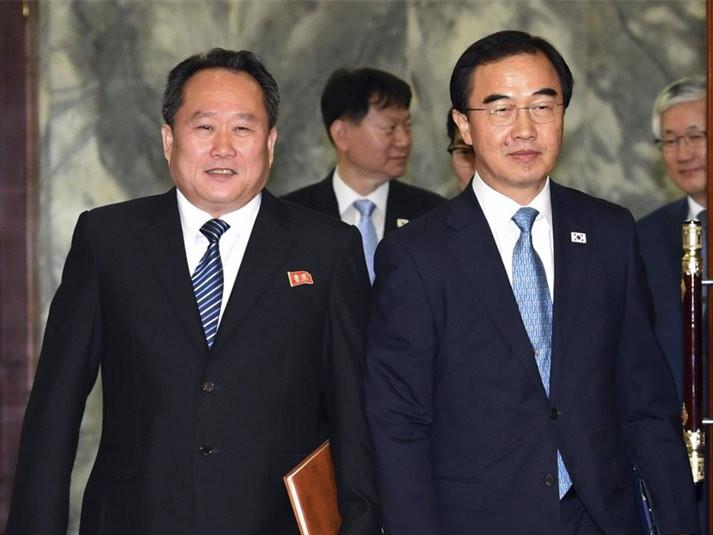 Koreas discuss possible leaders' summit in Pyongyang
