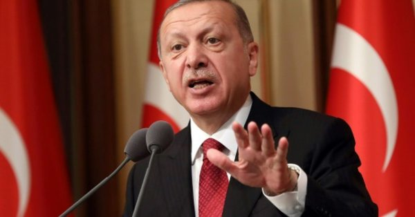 Erdogan accuses US of seeking to stab Turkey 'in the back'