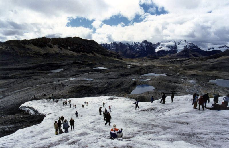Interview: Experts say Peruvian glaciers must be protected