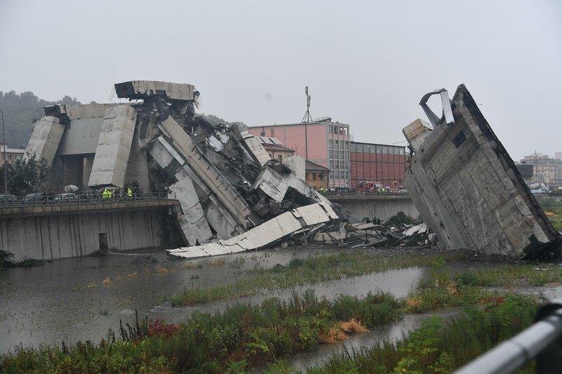 Italy interior minister says 30 confirmed dead in Genoa bridge collapse