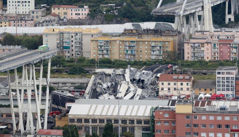 Cars plunge in Italian highway bridge collapse