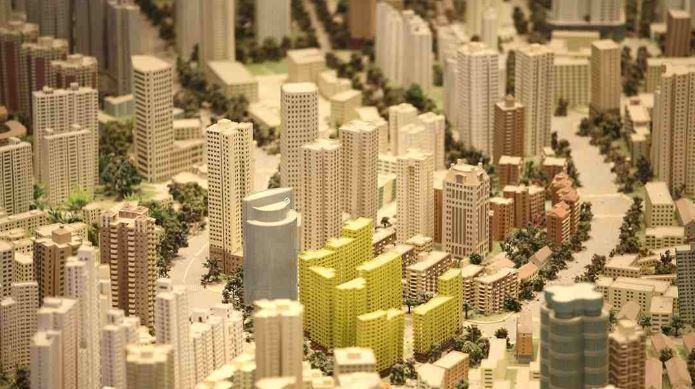 China's property investment grows fast in January-July