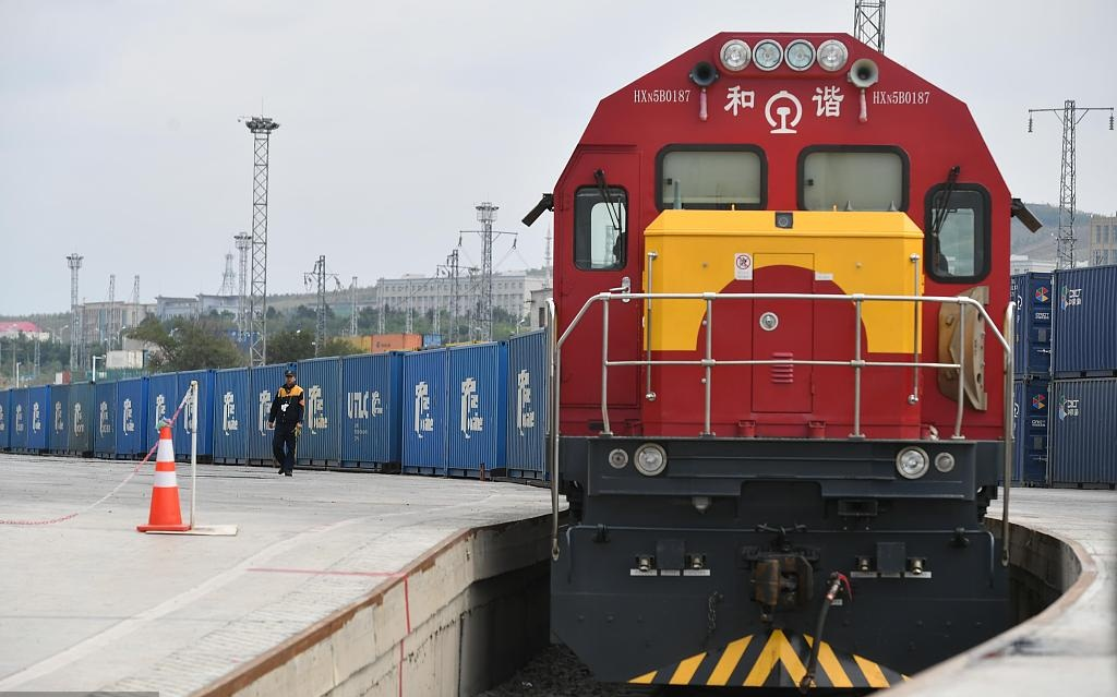 China's major land port sees more China-Europe freight trains
