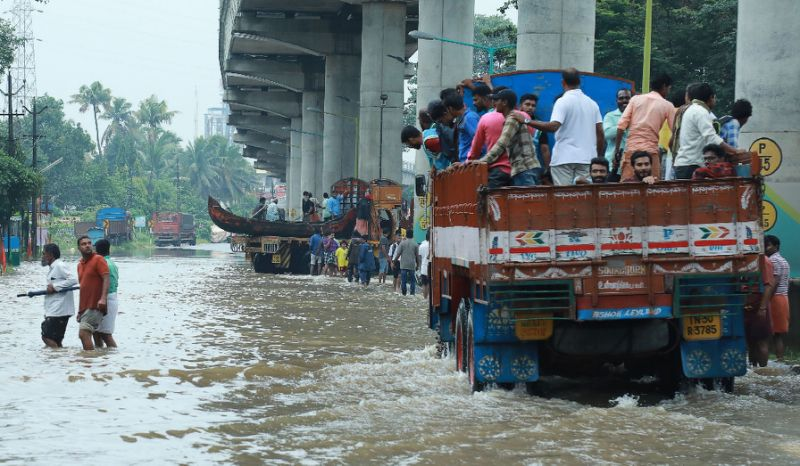 Flood death toll in India's Kerala jumps to 164