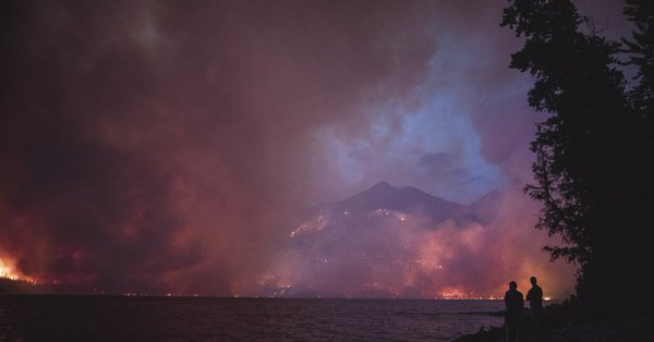 Wildfire moves closer to Glacier National Park's scenic road