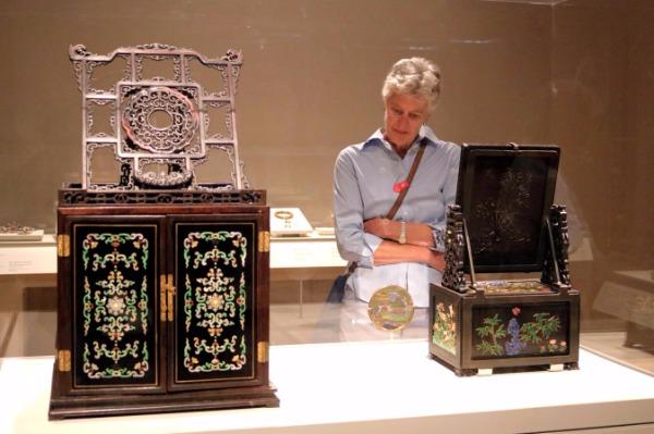 US exhibition unveils lives of empresses