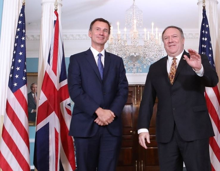 "Pompeo, Hunt discuss Russia ""threat"" in Washington"