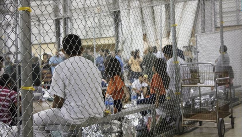 Complaint: US officials coerced migrants to sign documents
