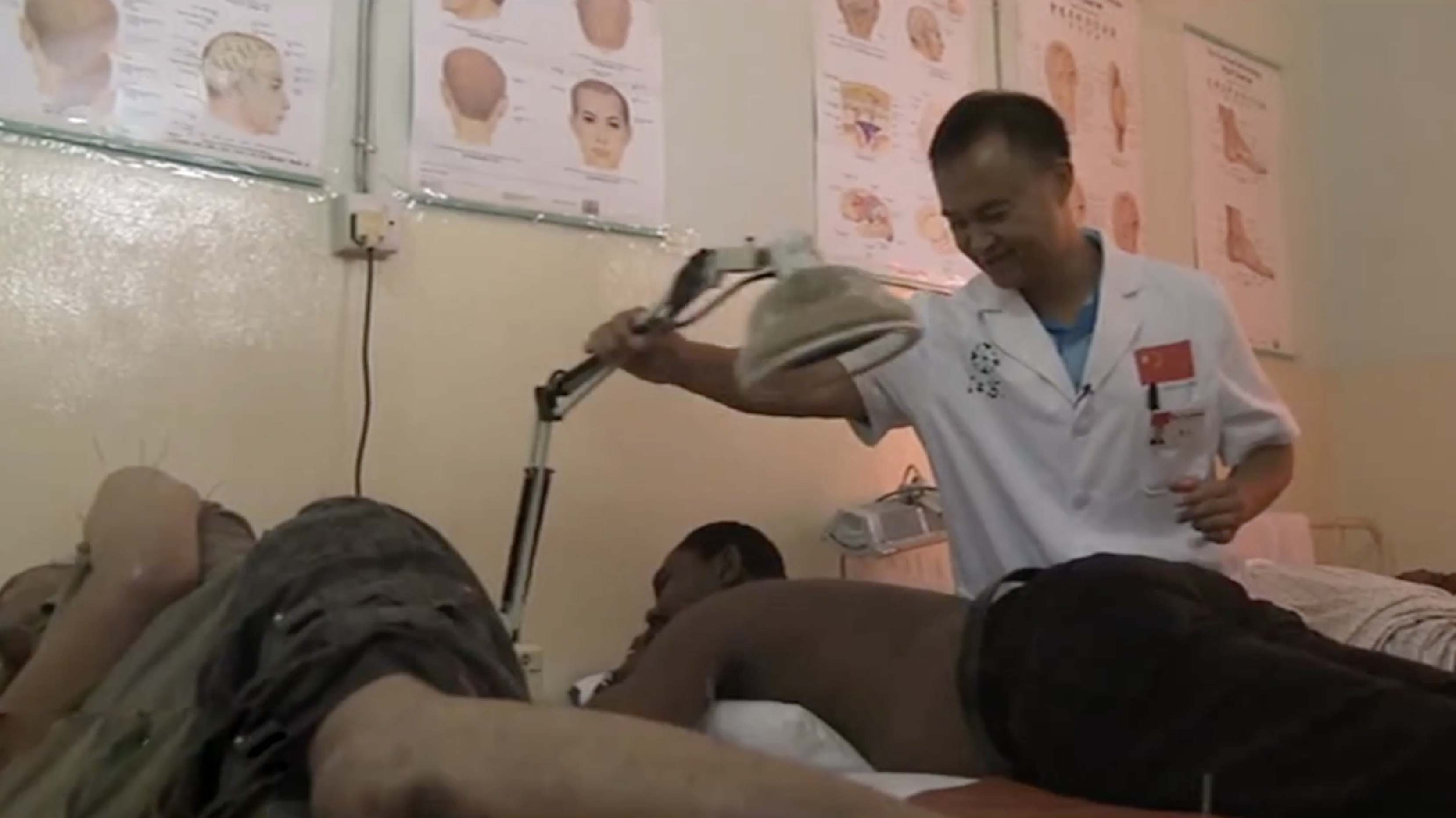 Traditional Chinese acupuncture treatment wins over Congo patients