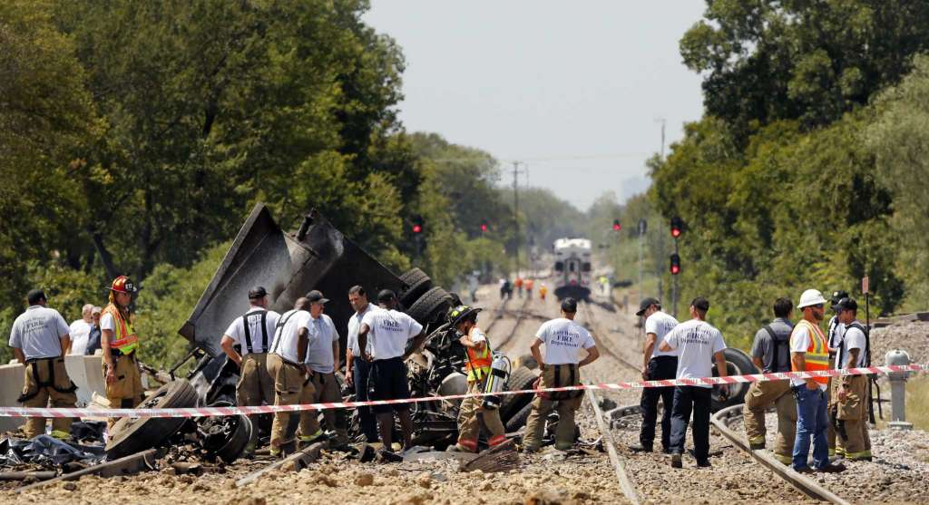 2 killed in train-truck crash in southern US