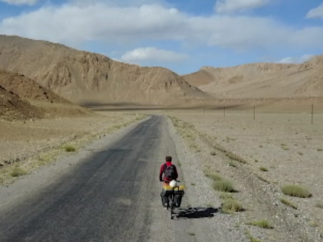 Riding 16,000 kilometers, a Chinese shows us Africa!