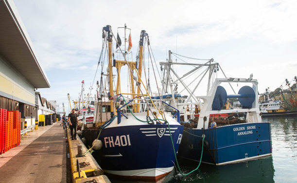 French, British fishing boats clash over scallop row