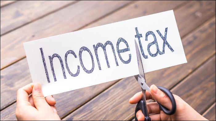 China sets income tax threshold at 5,000 yuan