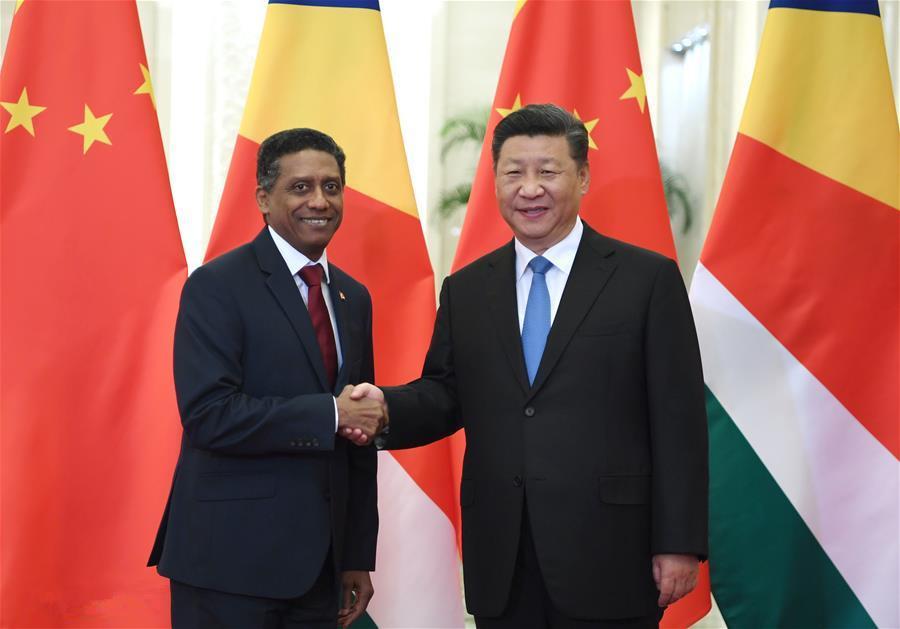 Xi meets Seychelles president