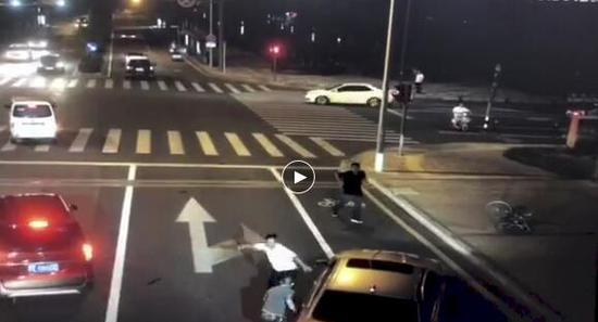 Fatal knife attack in E China ruled as justifiable defense