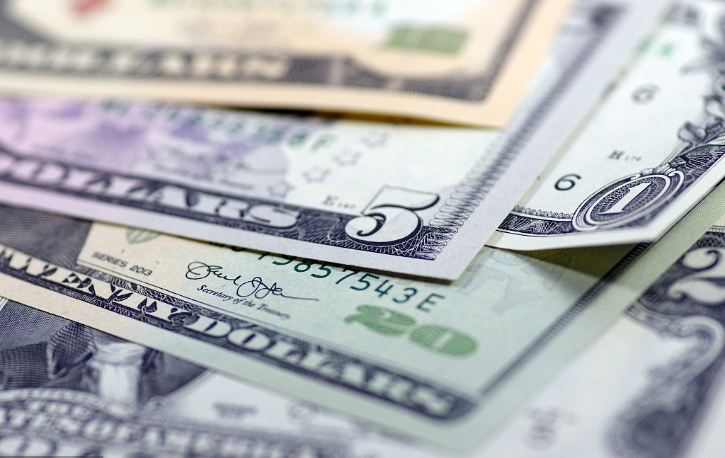 S.Korea's foreign reserves fall in 6 months on strong USD