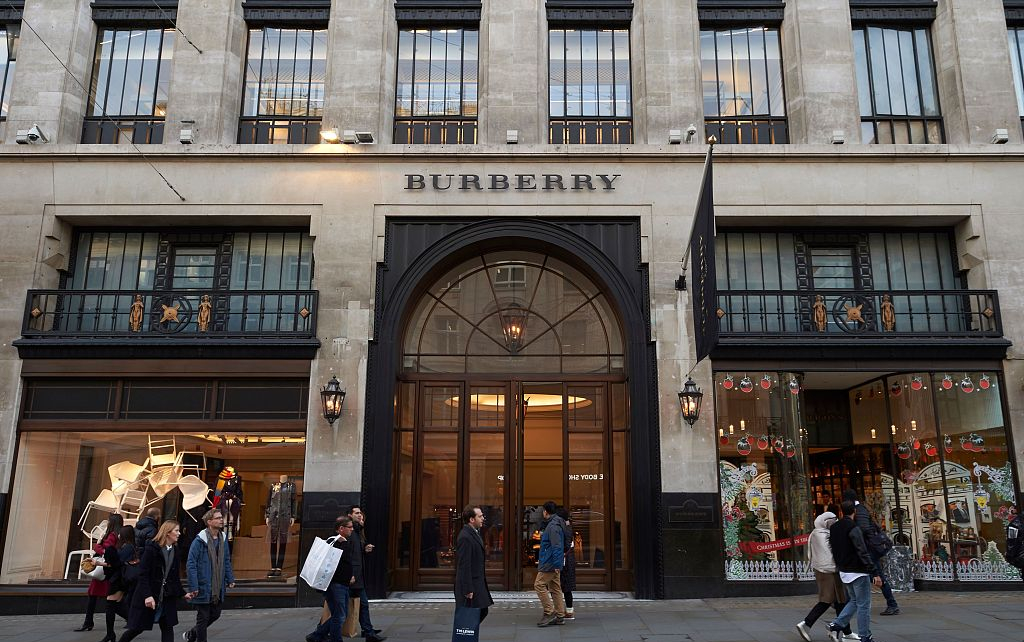 Burberry to drop real fur from fashion line