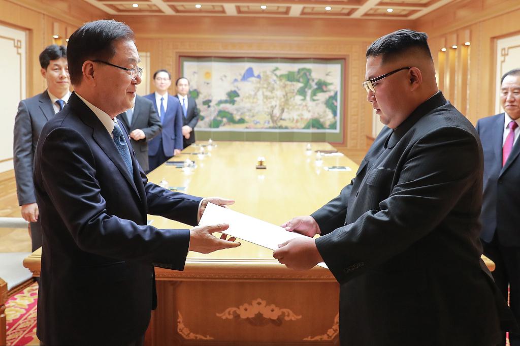 Leaders of S. Korea, DPRK share need to expedite denuke, peace: Blue House