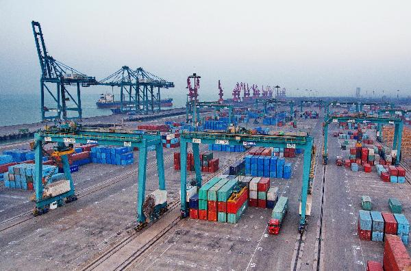 China's trade with countries along Belt and Road up 12 pct o-y in Jan.-Aug.