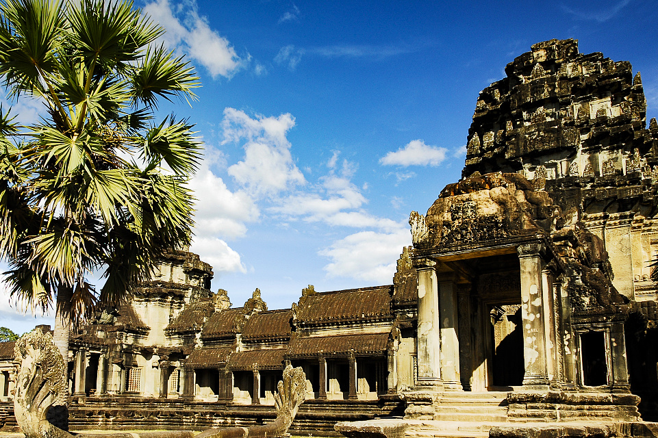 Chinese tourists to Cambodia exceed 1 mln in 7 months, up 72.6 pct