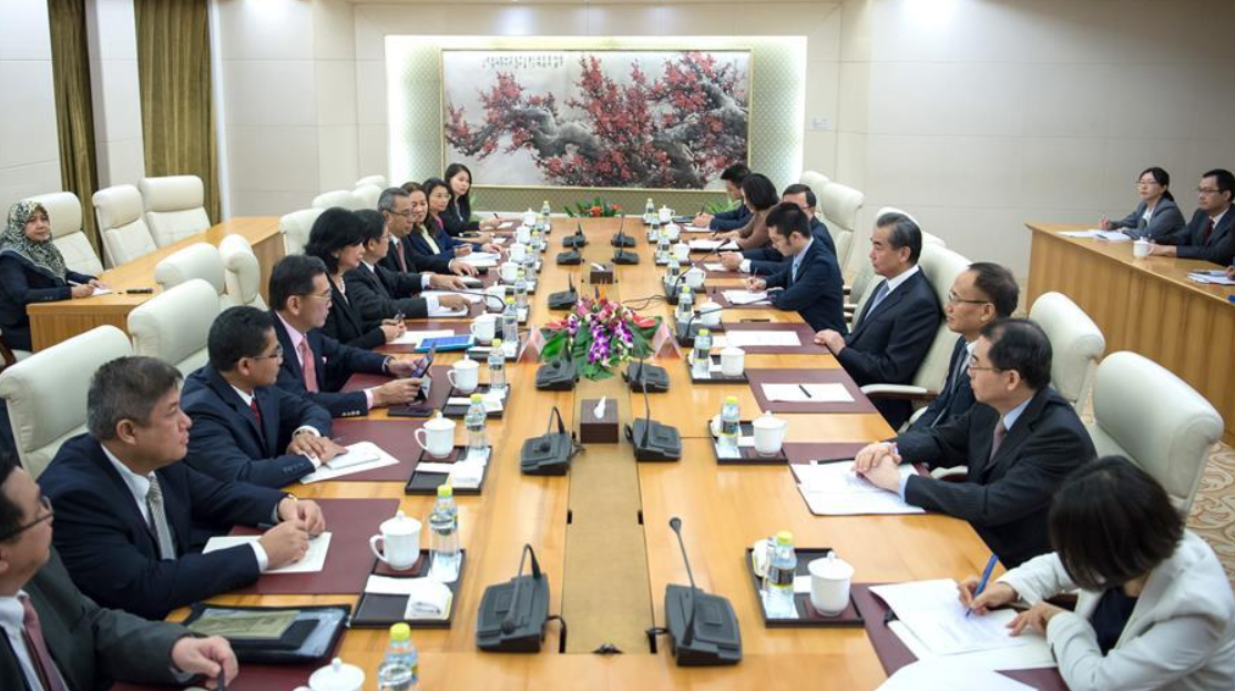 Chinese state councilor meets CPR to ASEAN delegation