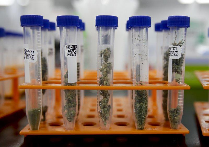 Many California marijuana products failing safety tests
