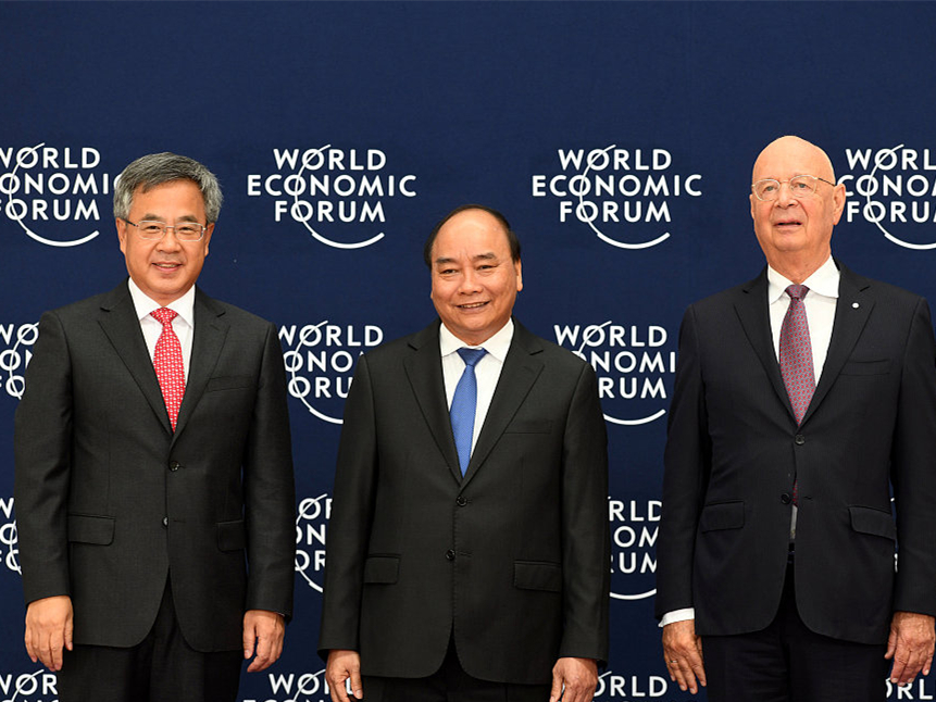 China to join hands with WEF to safeguard globalization, multilateralism: vice premier