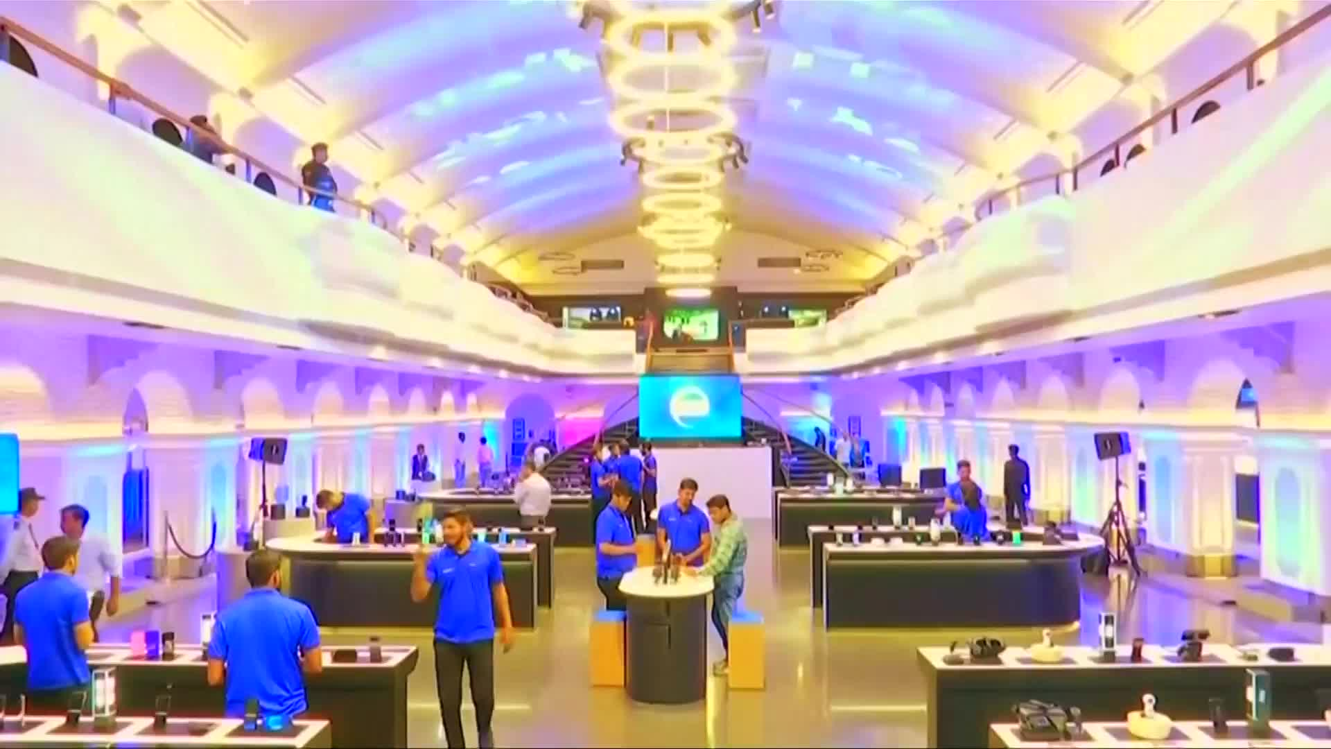 Video: Samsung doubles down in Indian to help spur growth