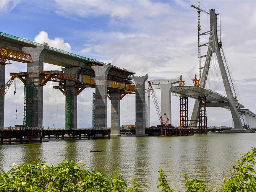 China's first cross-sea bridge over active fault zones expected to open to traffic by the end of 2018