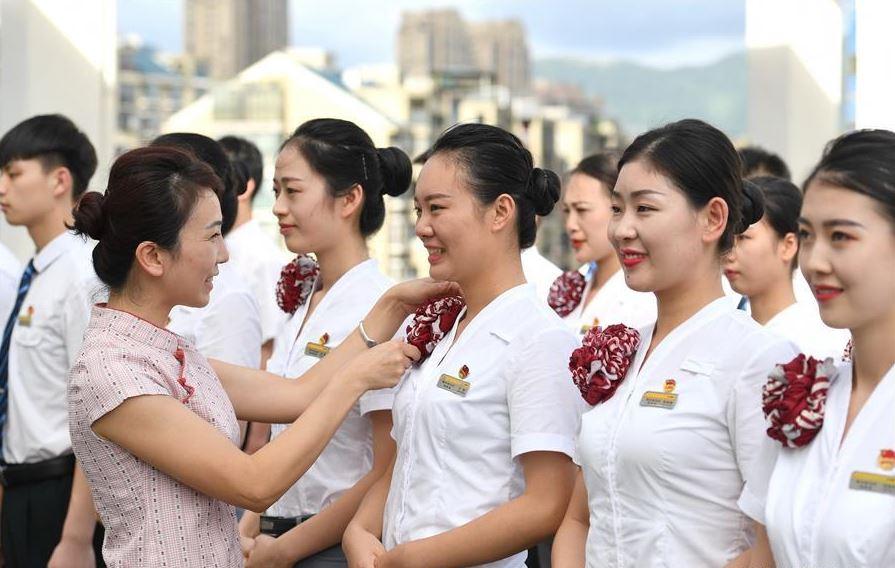 Guangzhou-Shenzhen-Hong Kong high-speed railway to start operation on Sept. 23