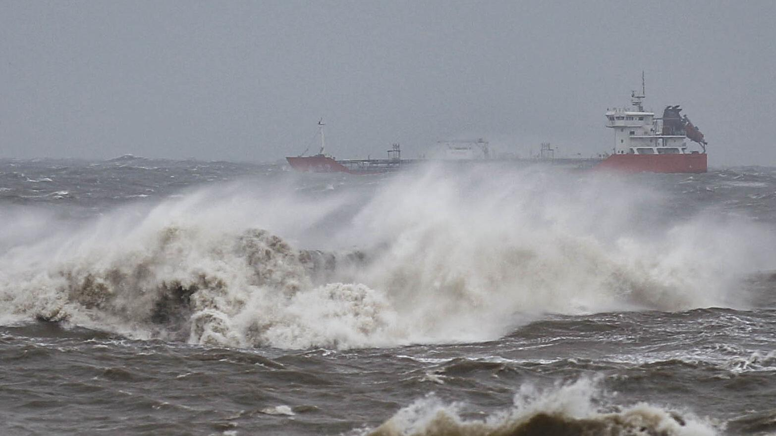 China issues red alert for super typhoon Mangkhut