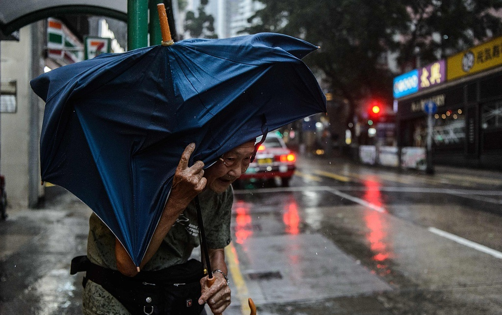 China renews red alert for Typhoon Mangkhut
