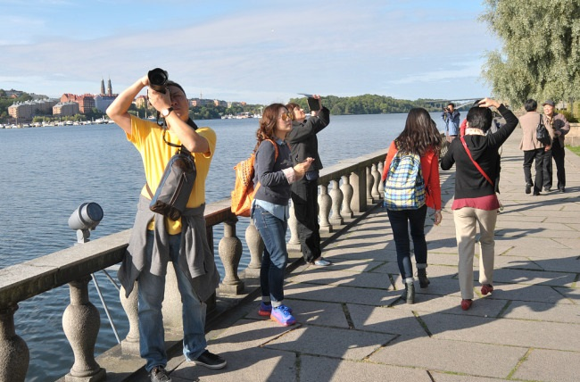 Sweden probing alleged police violence against Chinese tourists