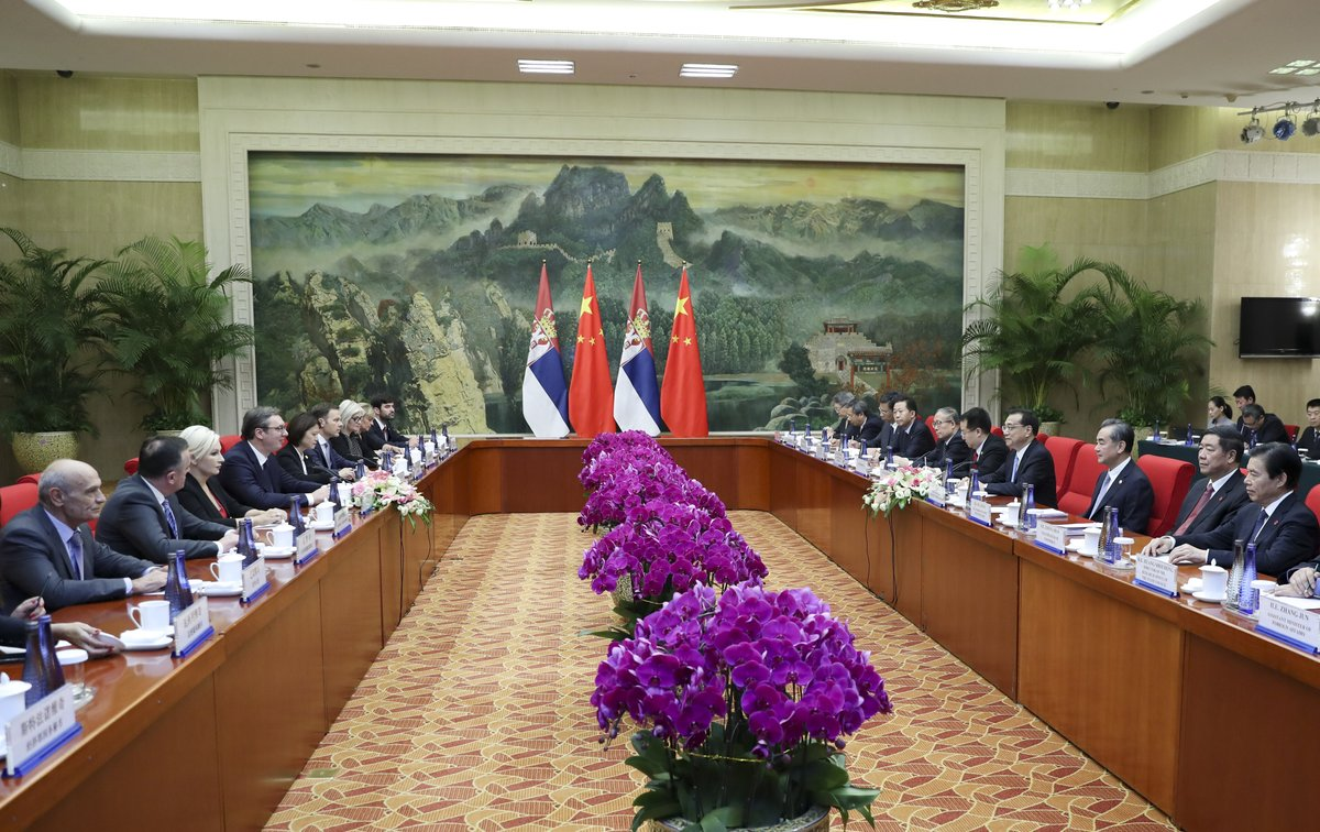 Chinese premier meets Serbian president